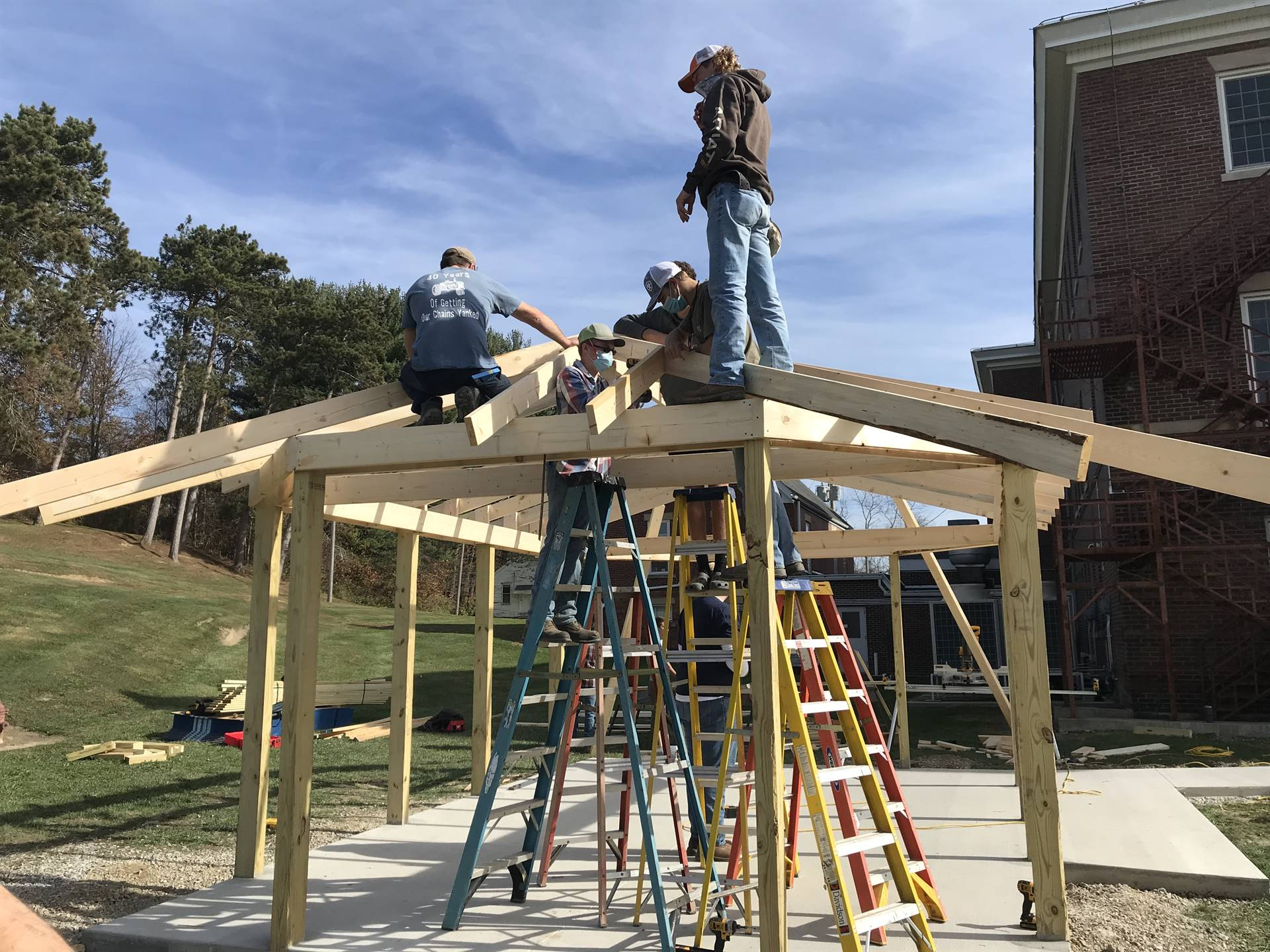 AG Capstone students building a gazebo at Fairview Assisted Living