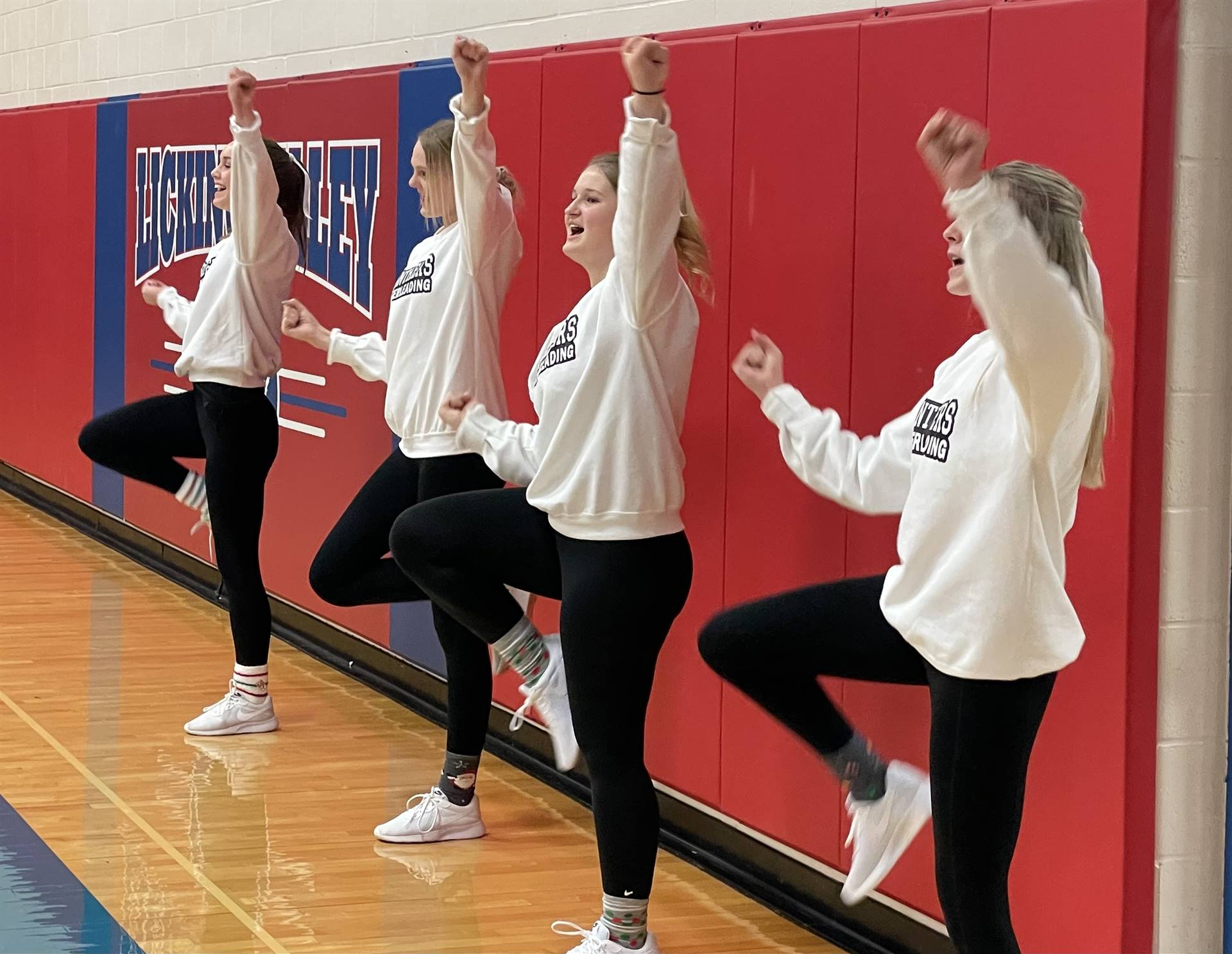 Varsity Cheerleaders at Licking Valley