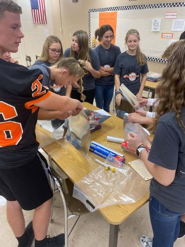 8th Grade Students Construct Solar Ovens