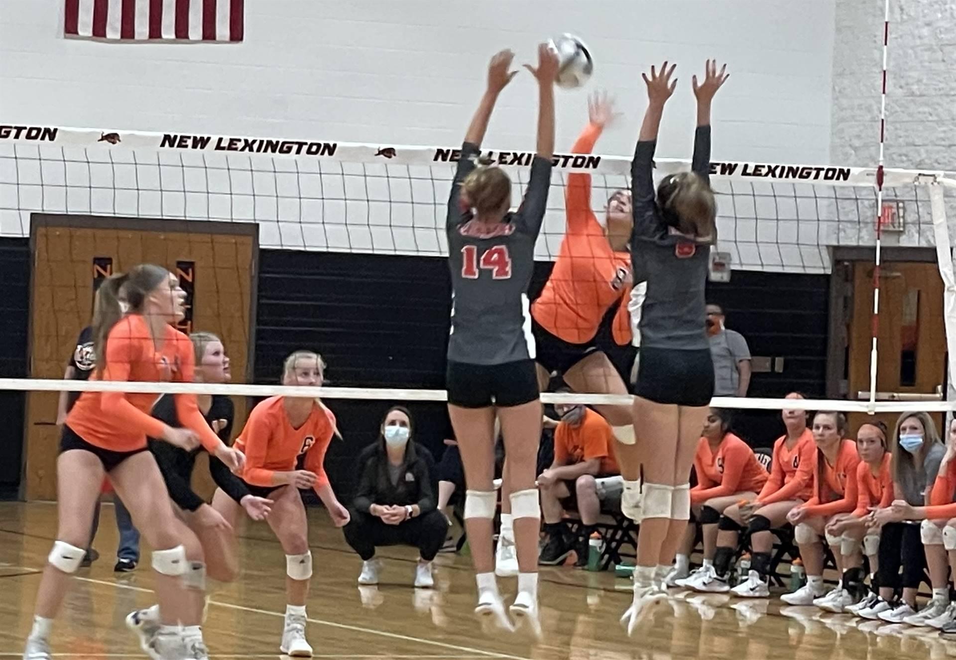 Varsity Volleyball taking on Sheridan at Home